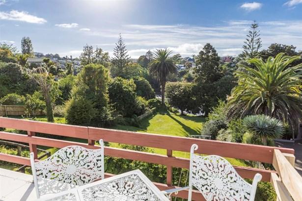 93 & 93a Ngapuhi Road, Remuera, Auckland - NZL (photo 4)