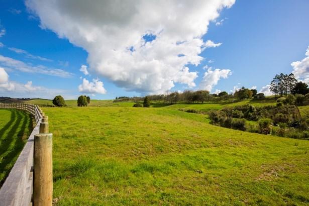 Lot 2 Palliser Downs Drive, Wainui, Auckland - NZL (photo 2)