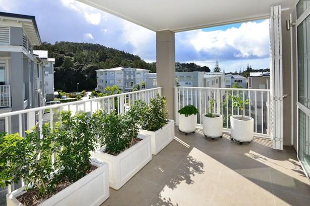 57 Parkside Drive, Orewa, Auckland - NZL (photo 2)