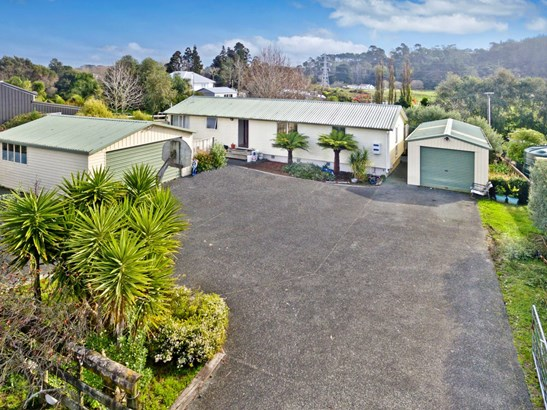 10 Cambridge Road, Riverhead, Auckland - NZL (photo 2)