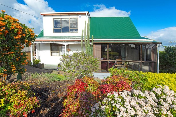 11 Vipond Road, Stanmore Bay, Auckland - NZL (photo 1)