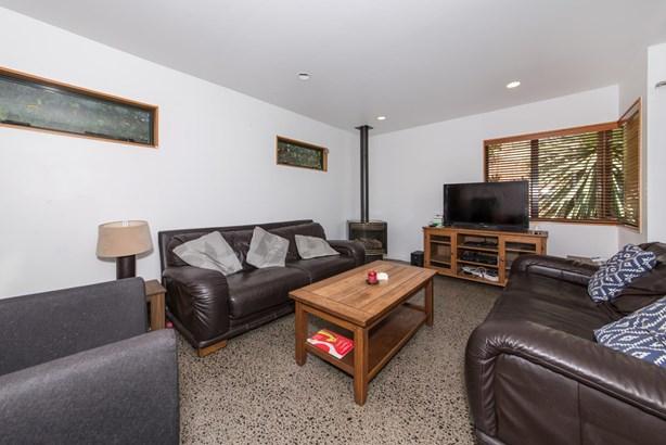 12b Spencer Terrace, Hauraki, Auckland - NZL (photo 4)