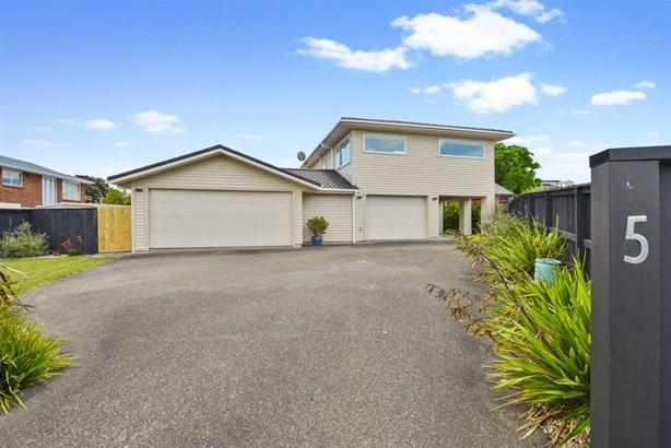 1/5 Gulf Crest, Bucklands Beach, Auckland - NZL (photo 1)