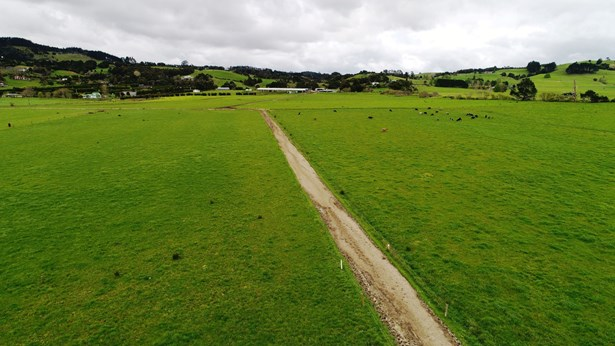 Waipapa Road, Whangarei Area, Northland - NZL (photo 2)