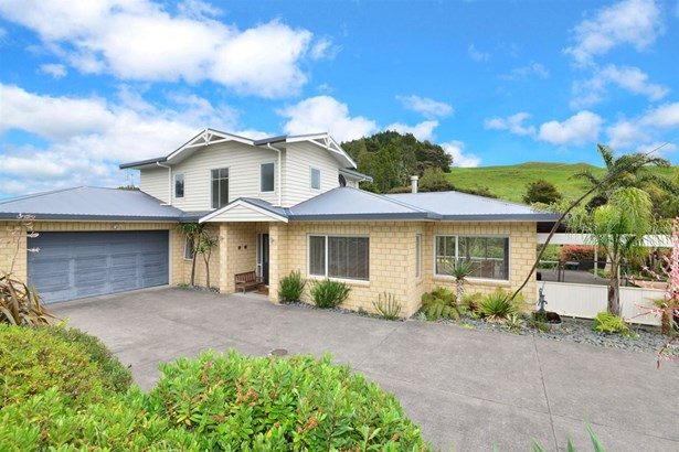 1034 Peak Road, Helensville, Auckland - NZL (photo 1)