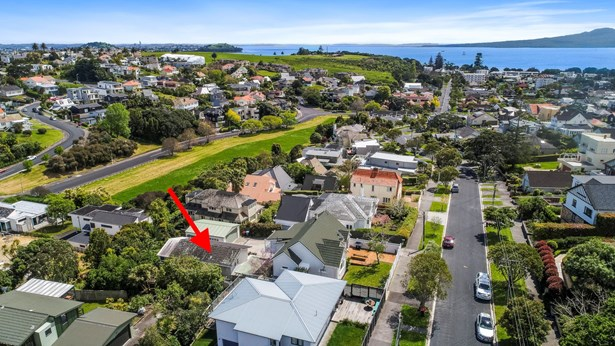 75b Atkin Avenue, Mission Bay, Auckland - NZL (photo 4)