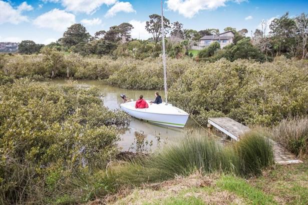 52 Renata Crescent, Te Atatu Peninsula, Auckland - NZL (photo 2)
