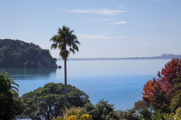 150 Victory Road, Laingholm, Auckland - NZL (photo 1)