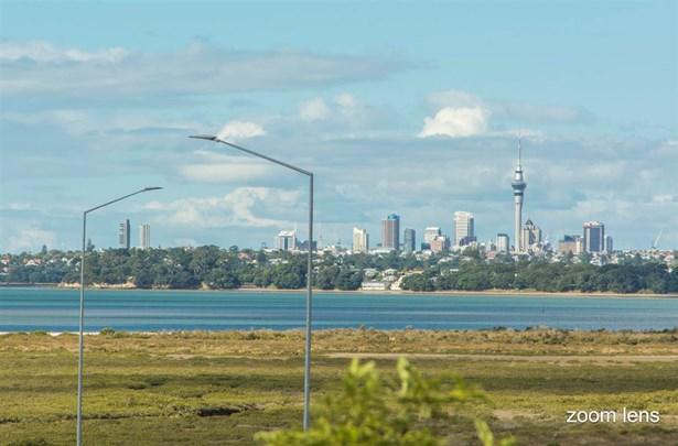 44 Alwyn Avenue, Te Atatu South, Auckland - NZL (photo 1)