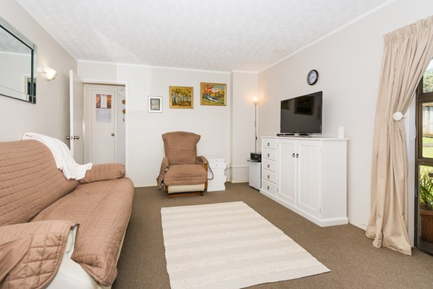3/1 Simon Ellice Drive, Bayview, Auckland - NZL (photo 2)