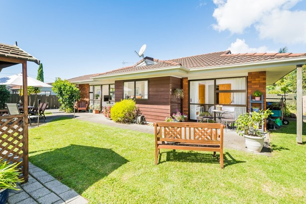308b East Coast Road, Forrest Hill, Auckland - NZL (photo 4)