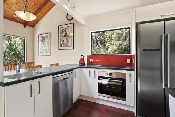 18 Karapiti Place, Glen Eden, Auckland - NZL (photo 1)