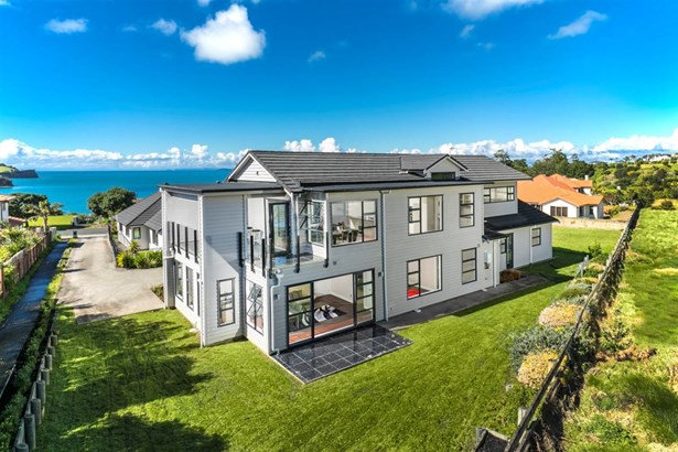 76 Island View Drive, Gulf Harbour, Auckland - NZL (photo 3)