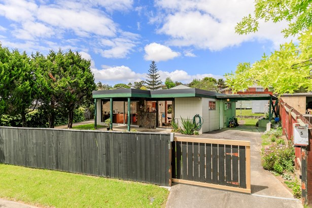 5 Steele Street, Meadowbank, Auckland - NZL (photo 1)