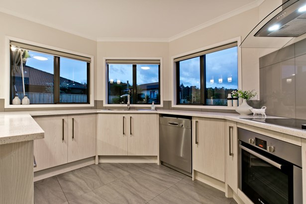 8 William Gamble Drive, Greenhithe, Auckland - NZL (photo 4)