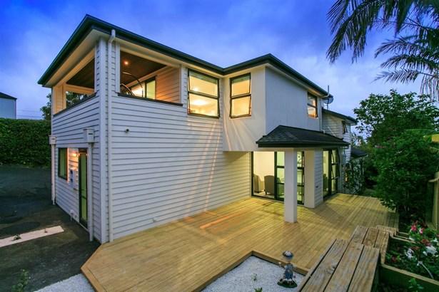 158b East Coast Road, Castor Bay, Auckland - NZL (photo 3)