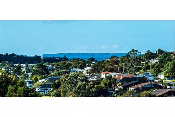 93 Bayside Drive, Browns Bay, Auckland - NZL (photo 2)