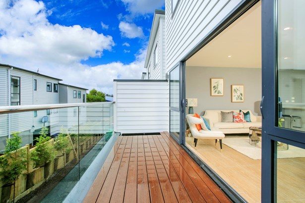 7b Woodall Place, Glenfield, Auckland - NZL (photo 5)