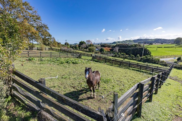 796 Waerenga Road, Te Kauwhata, Waikato District - NZL (photo 3)