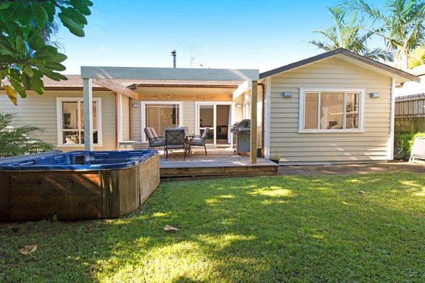 4b Hurdlow Place, Manly, Auckland - NZL (photo 2)
