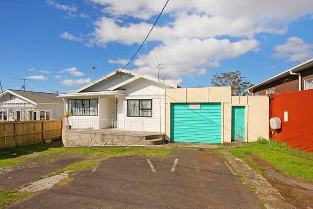 21 Brandon Road, Glen Eden, Auckland - NZL (photo 1)