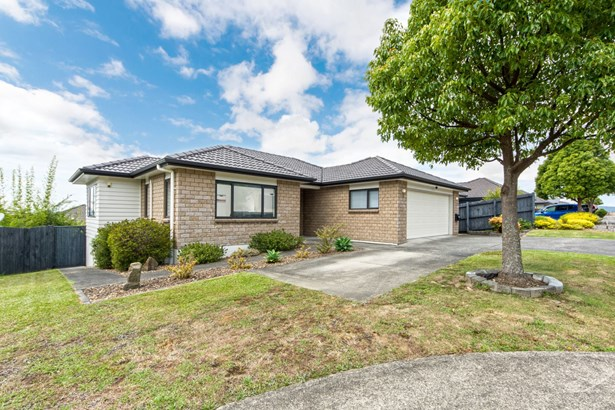 6 Cityview Place, Massey, Auckland - NZL (photo 1)