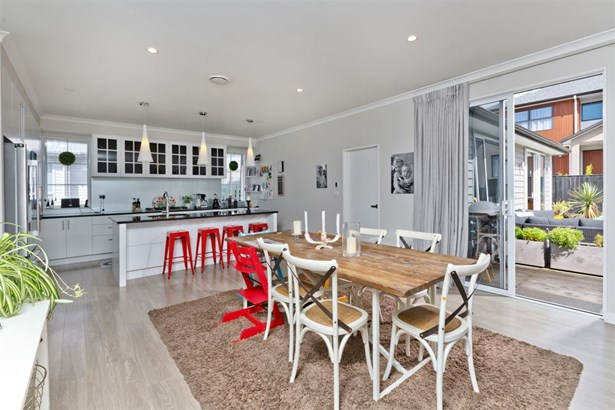 24 Miller Rise, Silverdale, Auckland - NZL (photo 2)