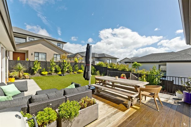 24 Miller Rise, Silverdale, Auckland - NZL (photo 4)