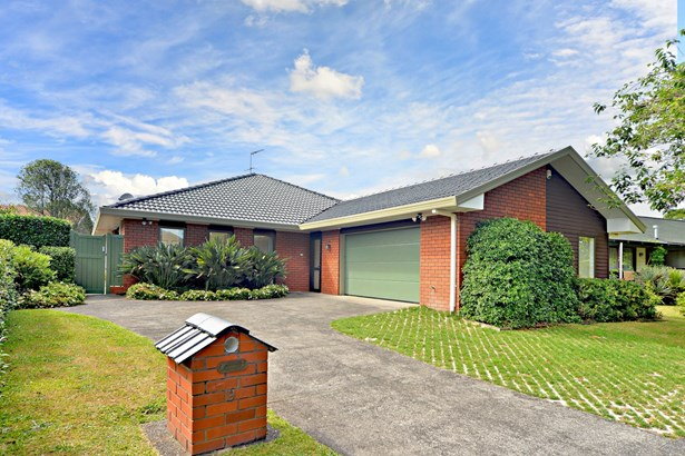 9 Westholm Way, Pahurehure, Auckland - NZL (photo 2)
