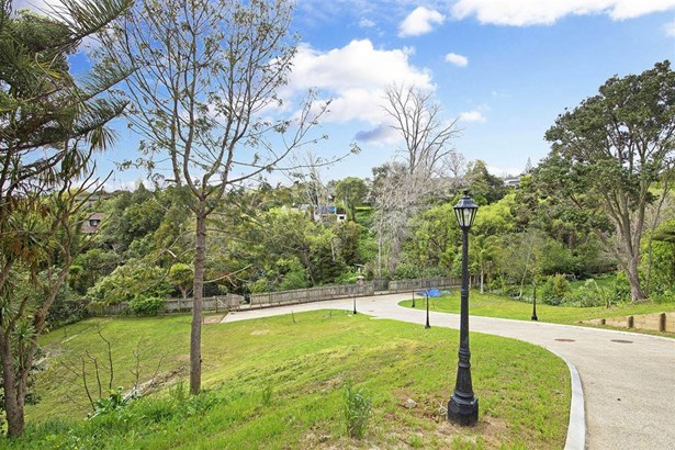 Lot 4, 40 Colmar Road, Mellons Bay, Auckland - NZL (photo 2)