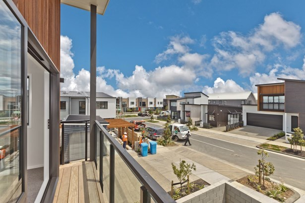 3 Sacred Kingfisher Road, Hobsonville, Auckland - NZL (photo 5)
