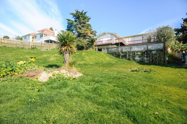 1600 Dominion Rd Extension, Mt Roskill, Auckland - NZL (photo 4)