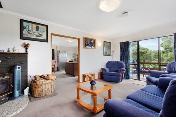 78 Mcentee Road, Waitakere, Auckland - NZL (photo 2)