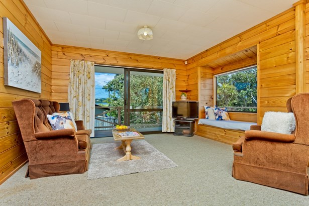 1/80 Browns Bay Road, Rothesay Bay, Auckland - NZL (photo 5)