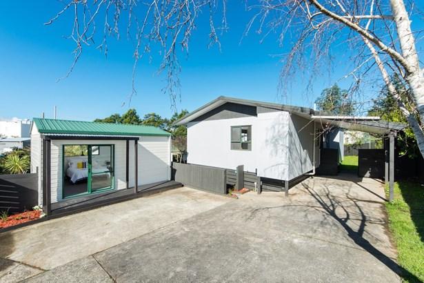 18 Riserra Drive, Ranui, Auckland - NZL (photo 1)