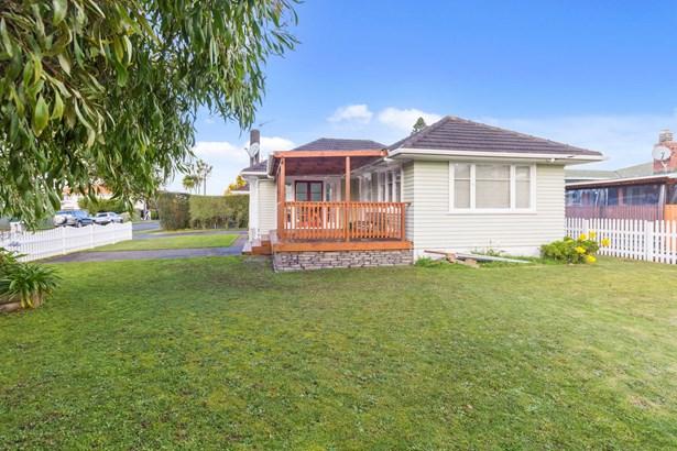 77 Archibald Road, Kelston, Auckland - NZL (photo 5)