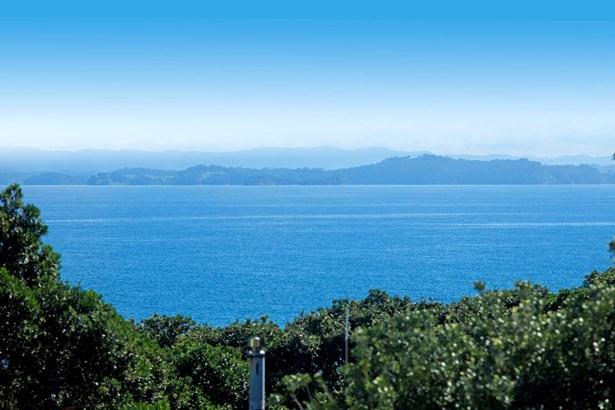 1280 Whangaparaoa Road, Gulf Harbour, Auckland - NZL (photo 5)