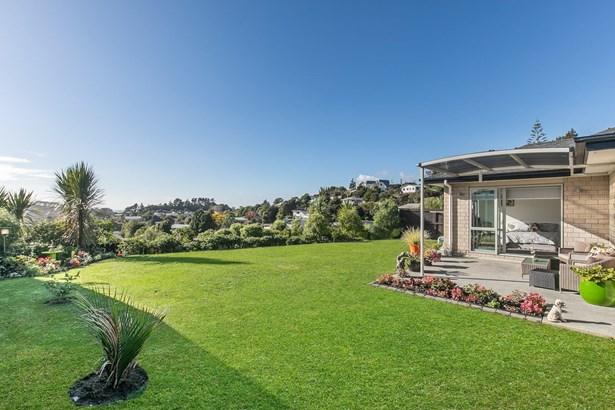 53 Beachwood Drive, Hatfields Beach, Auckland - NZL (photo 5)