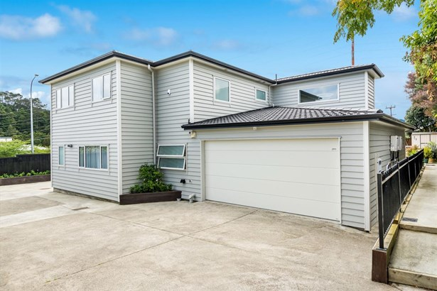 16 & 16a Jade Court, Albany, Auckland - NZL (photo 3)