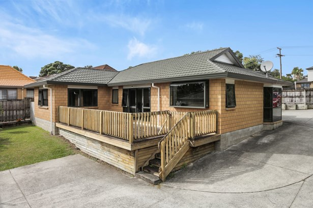 26 Redoubt Road, Goodwood Heights, Auckland - NZL (photo 2)