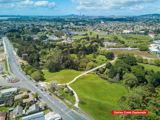 5 Waterview Downs, Waterview, Auckland - NZL (photo 3)