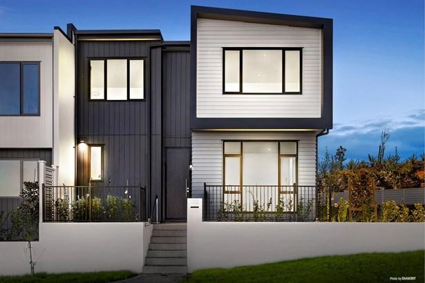 198 Seventh View Avenue, Beachlands, Auckland - NZL (photo 3)