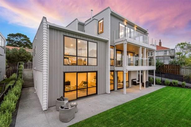 91 Rukutai Street, Orakei, Auckland - NZL (photo 3)