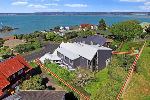 54 Hadfield Street, Beach Haven, Auckland - NZL (photo 4)