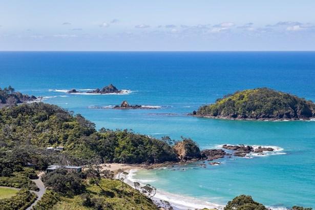 361 Rockell Road, Whananaki, Northland - NZL (photo 2)