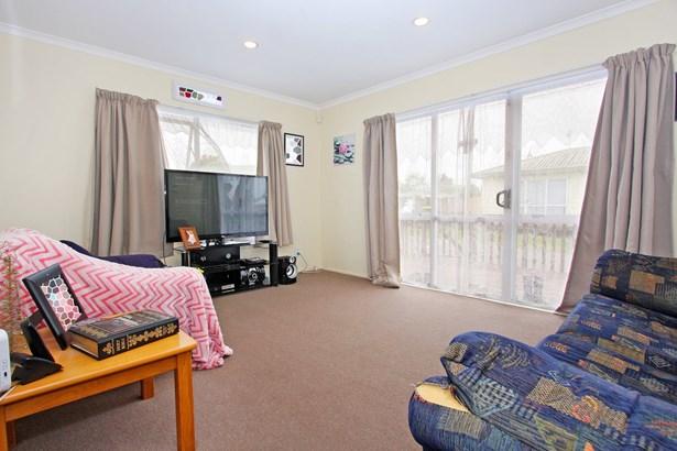 3/43 Solveig Place, Randwick Park, Auckland - NZL (photo 5)