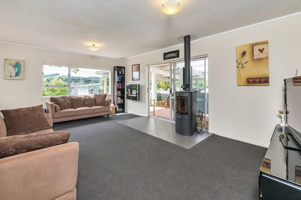 107 Rautawhiri Road, Helensville, Auckland - NZL (photo 5)
