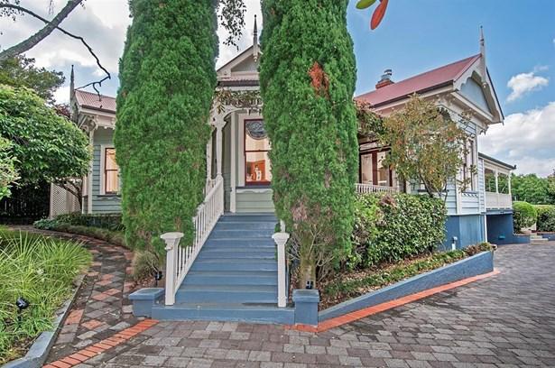 17 Gladwin Road, Epsom, Auckland - NZL (photo 2)