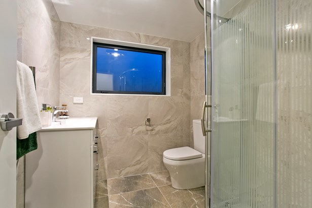 7c Woodall Place, Glenfield, Auckland - NZL (photo 5)