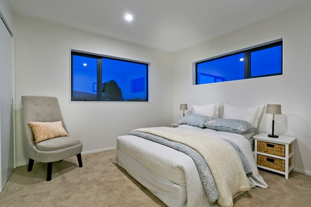 7c Woodall Place, Glenfield, Auckland - NZL (photo 2)